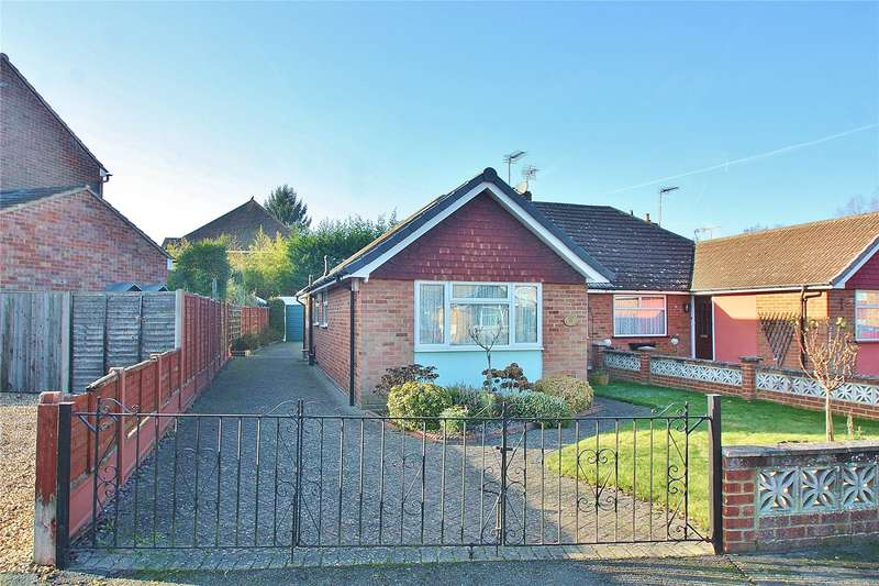 3 Bedrooms Semi Detached Bungalow for sale in Heath Drive, Brookwood, Woking, Surrey, GU24