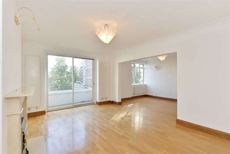 3 Bedrooms Flat for sale in St James Close, London, NW8