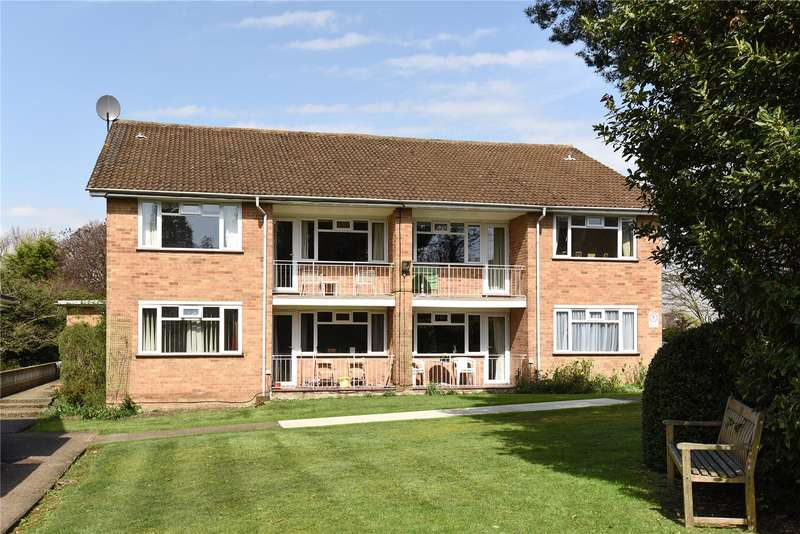 2 Bedrooms Apartment Flat for sale in Abbotsford Lodge, 7 Eastbury Avenue, Northwood, Middlesex, HA6