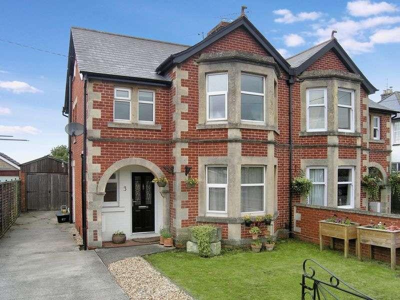 3 Bedrooms Semi Detached House for sale in Forest Road, Melksham