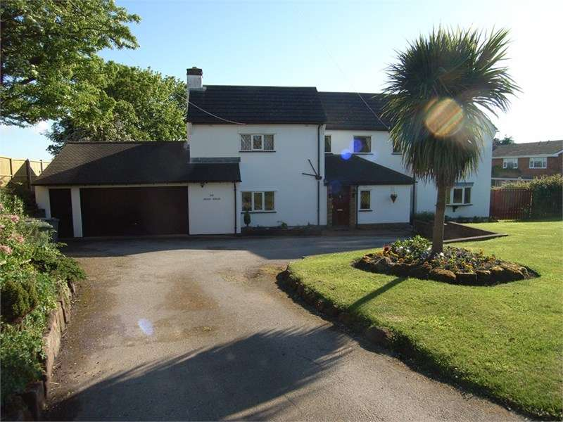 4 Bedrooms Detached House for rent in Delavor Road, Heswall.