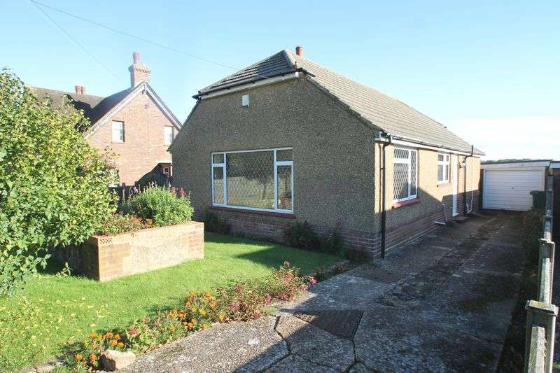 2 Bedrooms Detached Bungalow for sale in DENSOLE