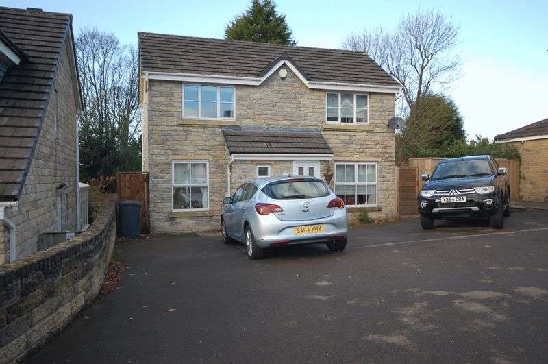 3 Bedrooms Detached House for sale in Overdale Drive, Simmondley, Glossop