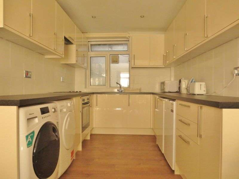 4 Bedrooms Terraced House for rent in Washington Street, Brighton