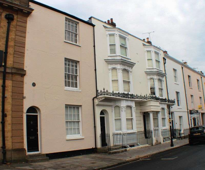 6 Bedrooms Terraced House for sale in Oxford Street, Southampton