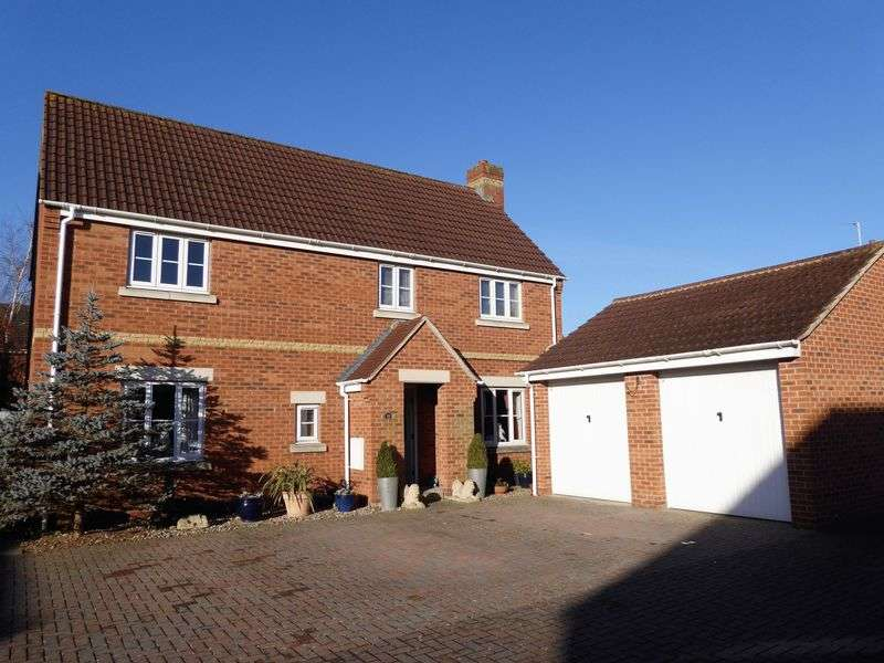 5 Bedrooms Detached House for sale in Hatch Road, Stratton St. Margaret