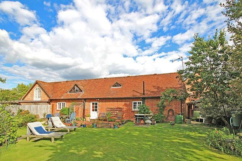 2 Bedrooms Barn Conversion Character Property for sale in Sway Road, Brockenhurst