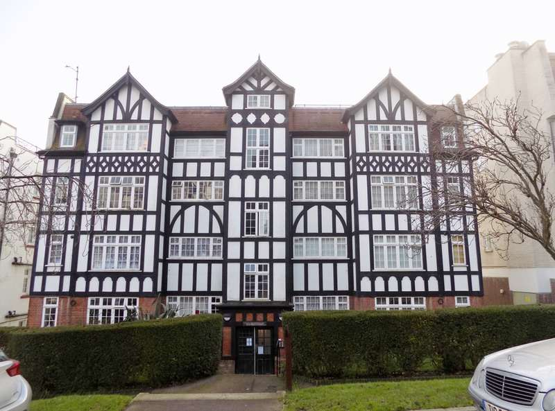1 Bedroom Flat for sale in Makepeace Avenue, London, London, N6