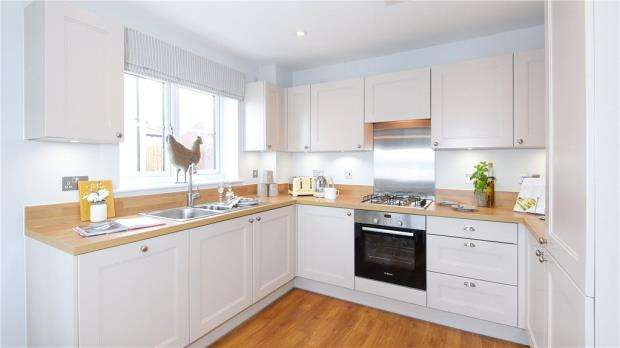 2 Bedrooms Terraced House for sale in Warren House Road, Wokingham, Berkshire