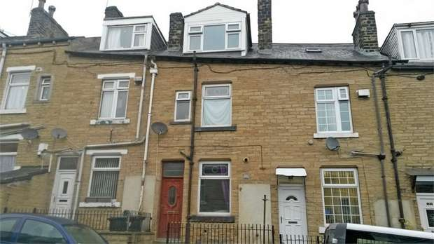 4 Bedrooms Terraced House for sale in Granville Street, Keighley, West Yorkshire