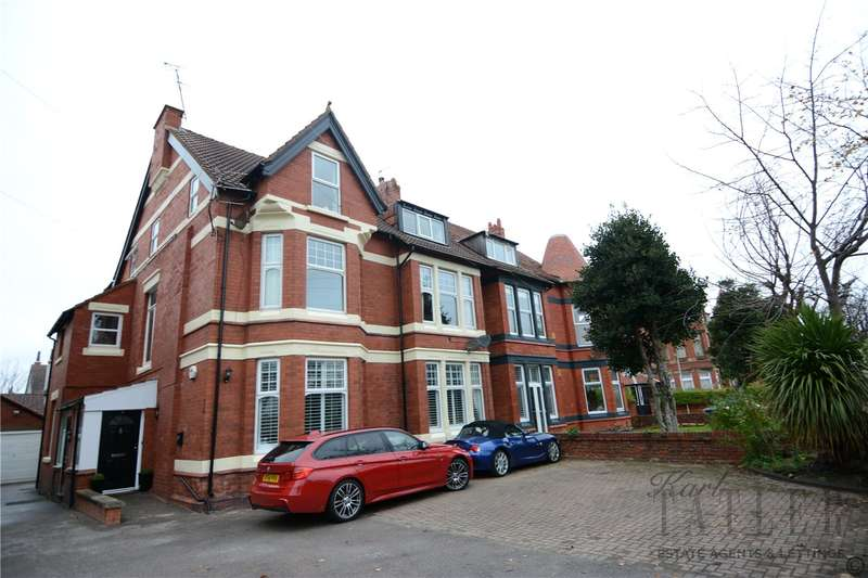 2 Bedrooms Flat for rent in The Kings Gap, Hoylake, Wirral