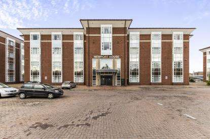 2 Bedrooms Flat for sale in Flat 2, Thornaby, Stockton-On-Tees, .