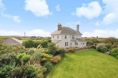 5 Bedrooms Detached House for sale in St. Just, Penzance, Cornwall