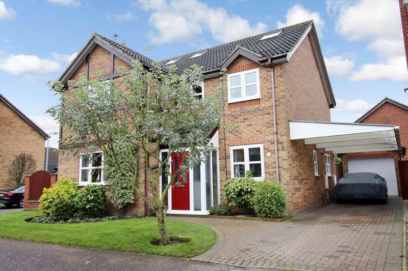 5 Bedrooms Detached House for sale in Meadow Way, Horsford