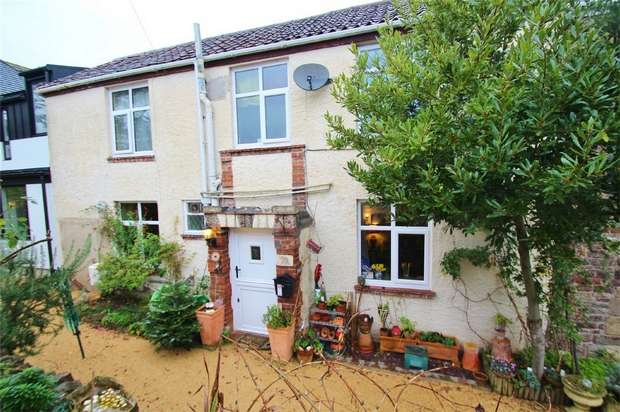2 Bedrooms Cottage House for sale in Beach Road West, Portishead, North Somerset
