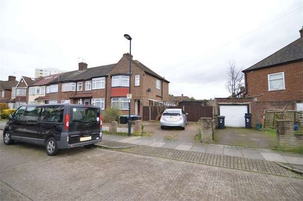 3 Bedrooms End Of Terrace House for sale in Exeter Road, Enfield, Middlesex