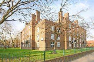 2 Bedrooms Flat for sale in Kneller House, Union Grove, London
