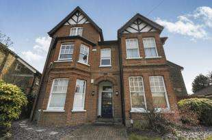 1 Bedroom Flat for sale in Rodway Road, Bromley