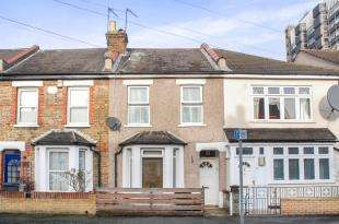 3 Bedrooms Terraced House for sale in Cranmer Road, Croydon