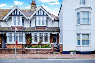 3 Bedrooms Terraced House for sale in High Street, Rottingdean, Brighton, East Sussex