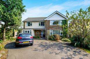 4 Bedrooms Detached House for sale in Falmer Road, Woodingdean, Brighton, East Sussex