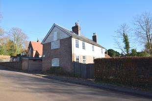 2 Bedrooms Semi Detached House for sale in School Hill, Old Heathfield, Heathfield, East Sussex