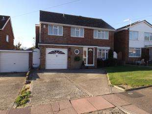 4 Bedrooms Detached House for sale in Windrush Close, Worthing, West Sussex