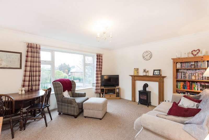 1 Bedroom Flat for sale in Willow Grove, Chislehurst