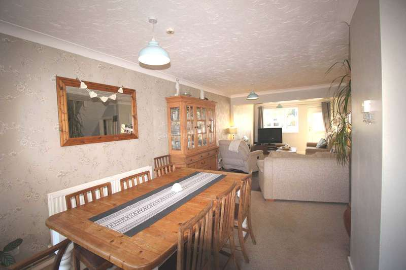 4 Bedrooms Semi Detached House for sale in Saffron Close, Brandon