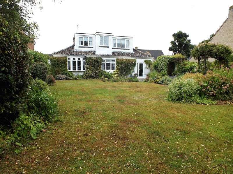 4 Bedrooms Detached Bungalow for sale in Wroslyn Road, Freeland