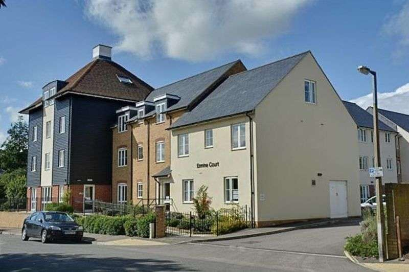 1 Bedroom Flat for sale in Ermine Court,Coronation Road, Ware: One bed second floor retirement apartment