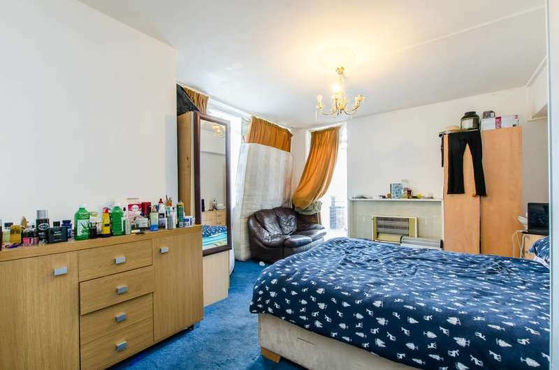 2 Bedrooms Flat for sale in Leys Court, Brixton, SW9