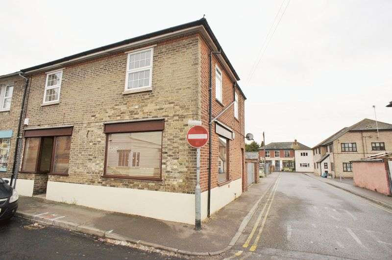 2 Bedrooms Flat for sale in New Street, Brightlingsea, Colchester