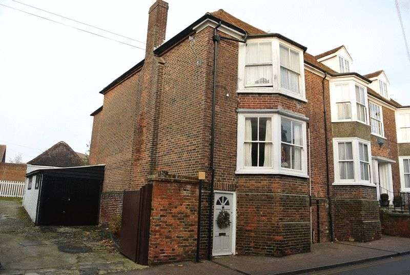 2 Bedrooms Flat for sale in The Street, Ash