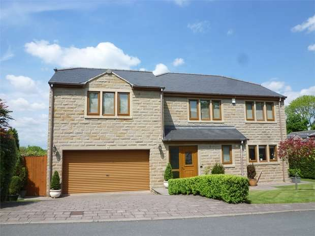5 Bedrooms Detached House for sale in Rustless Close, CLECKHEATON, West Yorkshire