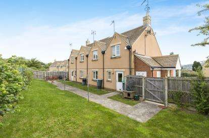 1 Bedroom Flat for sale in Knottes Close, Winchcombe, Cheltenham, Gloucestershire