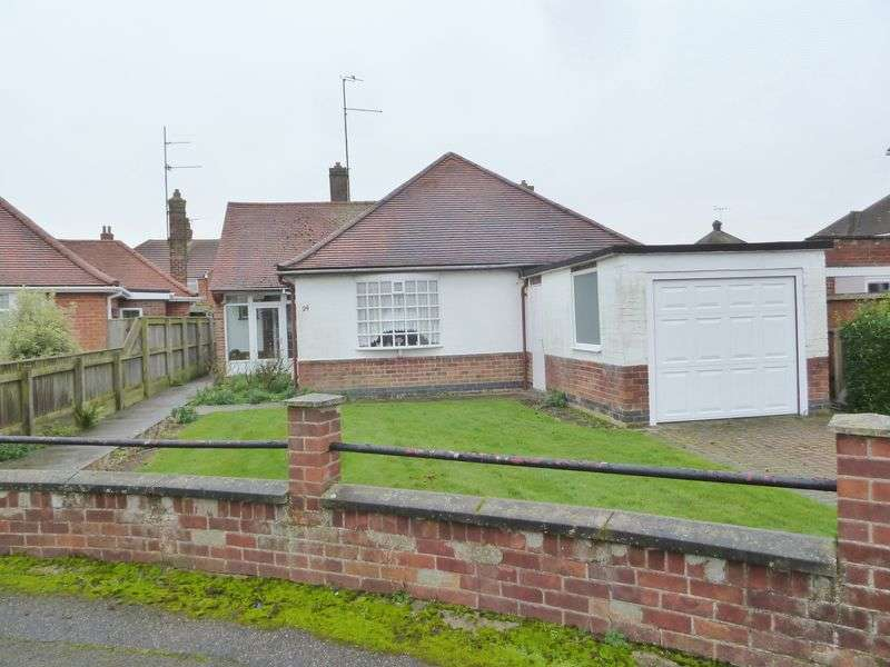 3 Bedrooms Detached Bungalow for sale in Lumley Crescent, Skegness