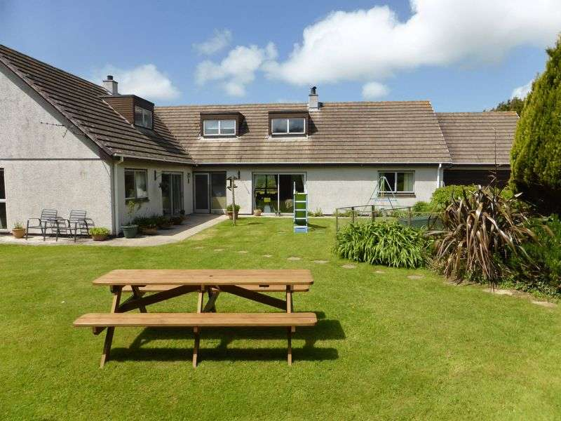 6 Bedrooms Detached House for sale in Penstraze, Truro
