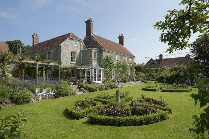 7 Bedrooms Detached House for sale in St Johns Hill, Shaftesbury