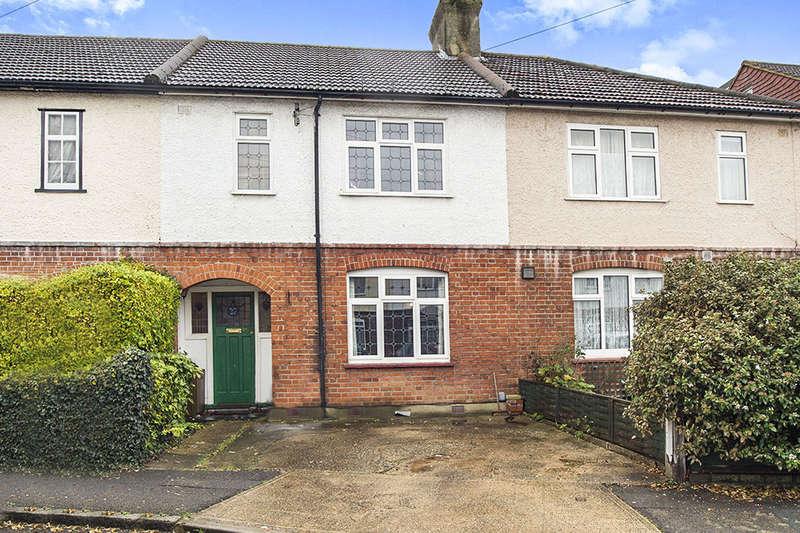3 Bedrooms Property for sale in Idmiston Square, Worcester Park, KT4