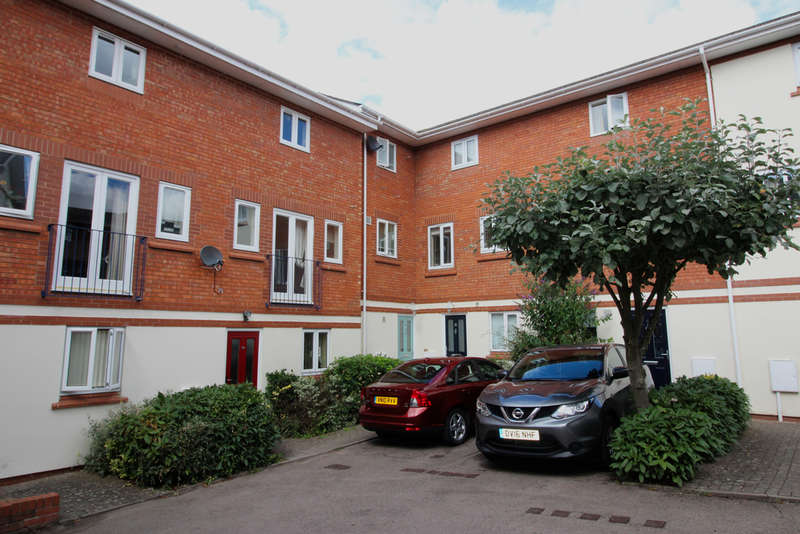 2 Bedrooms Apartment Flat for sale in King Edmunds Square, Worcester, Worcester, WR1