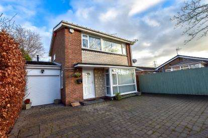 3 Bedrooms Detached House for sale in Beacon Drive, Wideopen, Newcastle Upon Tyne, Tyne and Wear, NE13