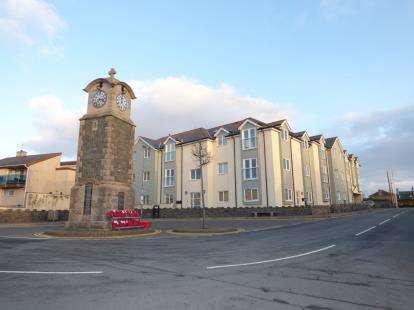 2 Bedrooms Flat for sale in Pen Llanw Tides Reach, Ffordd Maelog, Rhosneigr, Sir Ynys Mon, LL64
