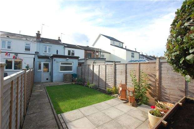 2 Bedrooms Terraced House for sale in Rosehill Street, CHELTENHAM, Gloucestershire, GL52 6SJ