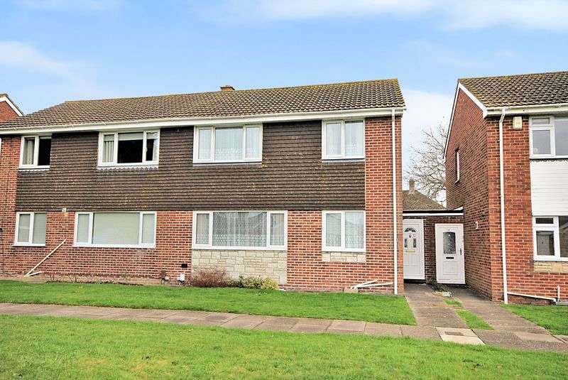 3 Bedrooms Semi Detached House for sale in Tern Walk, Gosport, PO13