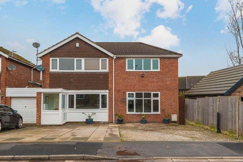 4 Bedrooms Detached House for sale in Rosebank, Lymm