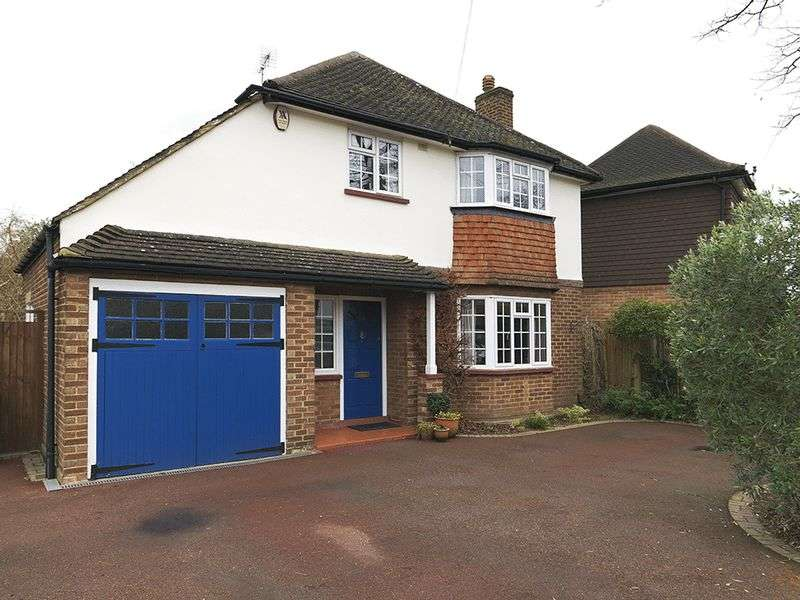 3 Bedrooms Detached House for sale in Basingfield Road, Thames Ditton, KT7