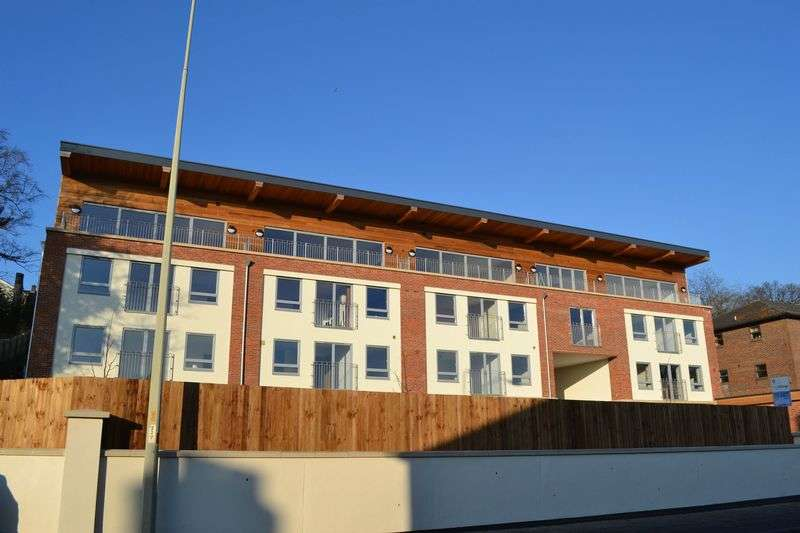 3 Bedrooms Flat for sale in Thorpe Road, Norwich
