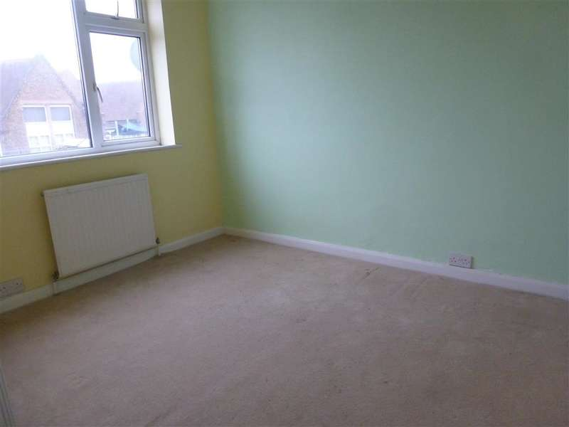 2 Bedrooms Terraced House for sale in High Street, Milton Regis, Sittingbourne, Kent