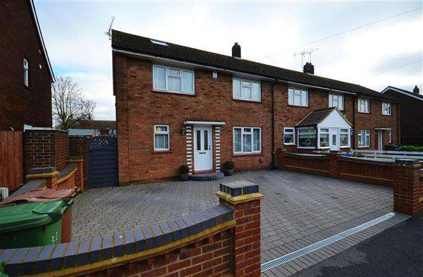 3 Bedrooms End Of Terrace House for sale in St Augustine Road, Chadwell St Mary